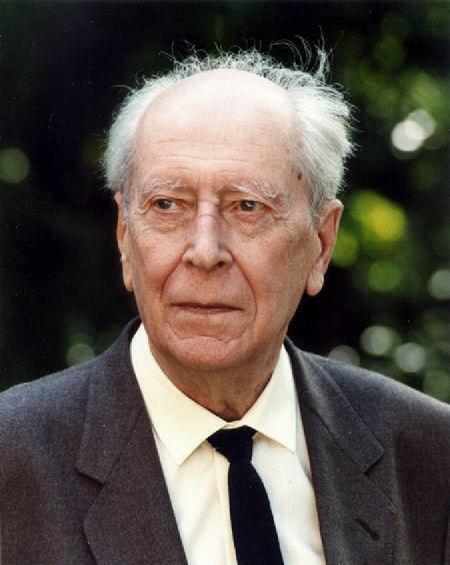 Д.С. Лихачёв (в 1960-е годы член-корреспондент Академии наук СССР) – один из известных деятелей науки, поддержавших инициативу П.В. Виткова