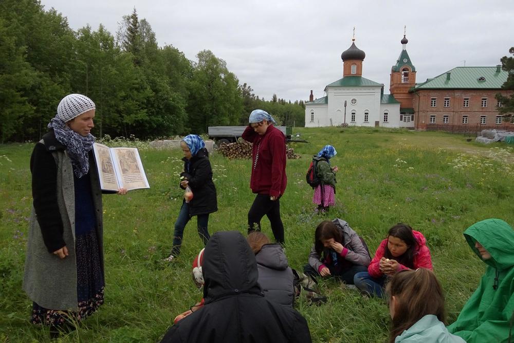 Занятие «Сад спасения. Страницы истории соловецкой святости» (Савватьево)