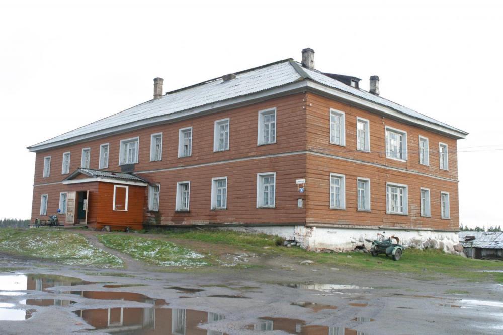 Дрововозный корпус. Фото Ю. Гендлина. 2006.