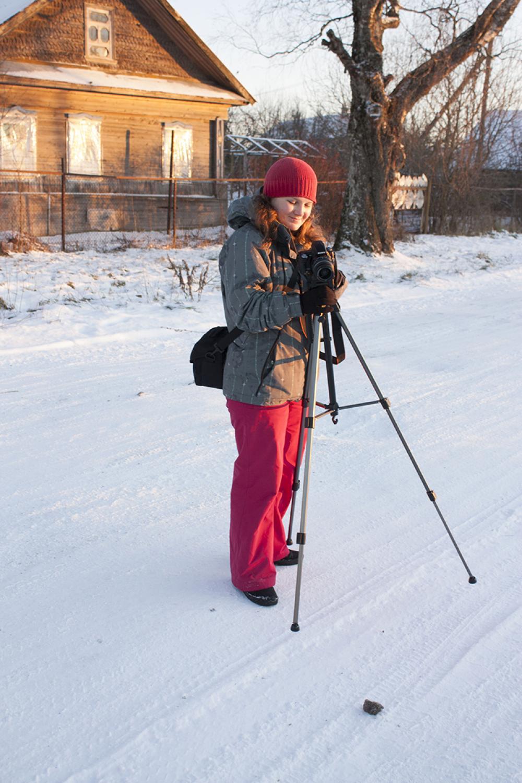 Фотограф и видеооператор экспедиции Лаврешова О.А. в с. Воскресенское (Ёрга)